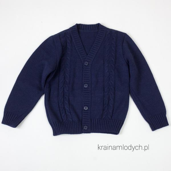 Chłopięcy sweterek zapinany