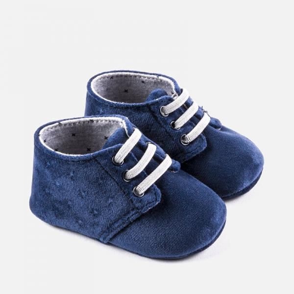 Aksamitne buciki niemowlęce 9917 Mayoral