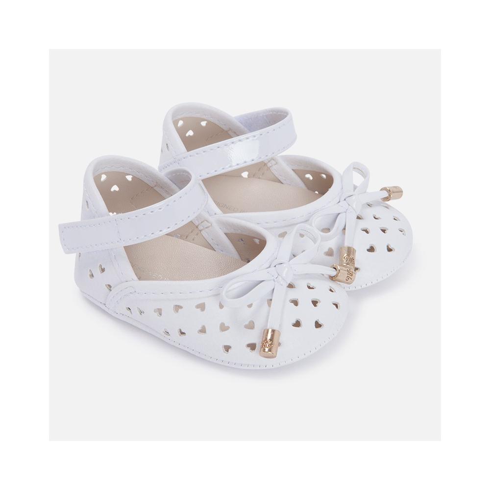 Ażurowe buciki niemowlęce 9505