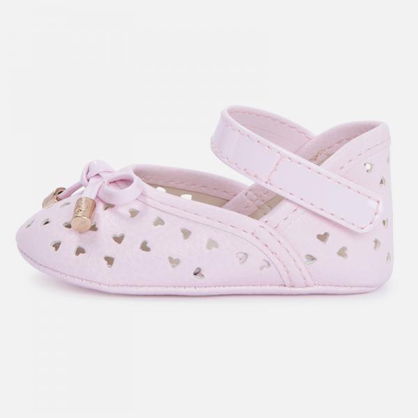 Ażurowe pantofelki niemowlęce  9505