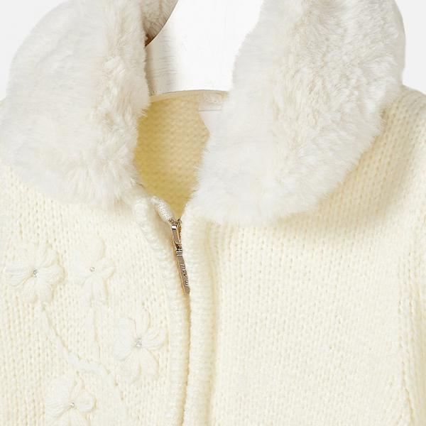 Ciepły sweter z futrzanym kołnierzem 4340 Mayoral