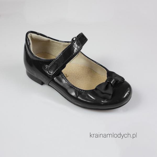 Lakierowane baleriny czarne KMK155