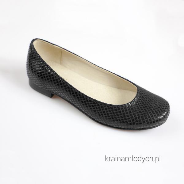Baleriny czarne KMK 190 cw